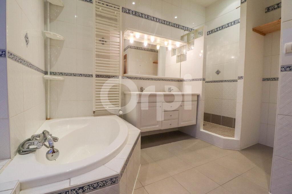 Appartement à louer 4 100.62m2 à Colmar vignette-6