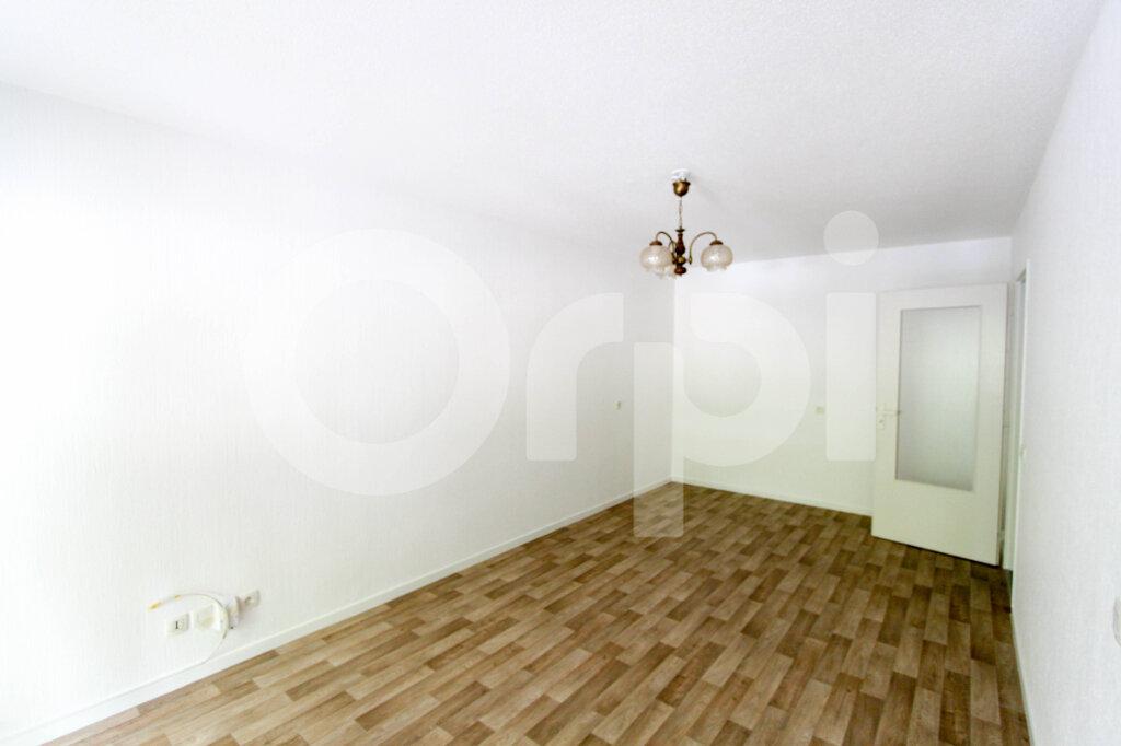 Appartement à louer 2 47m2 à Mulhouse vignette-1