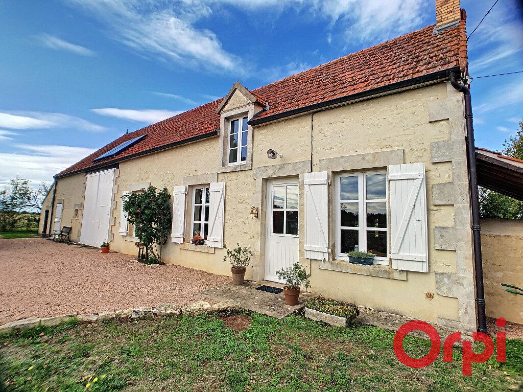 Maison à vendre 4 113.3m2 à Ids-Saint-Roch vignette-1
