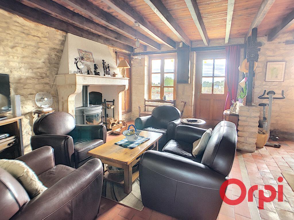 Maison à vendre 4 113.3m2 à Ids-Saint-Roch vignette-2