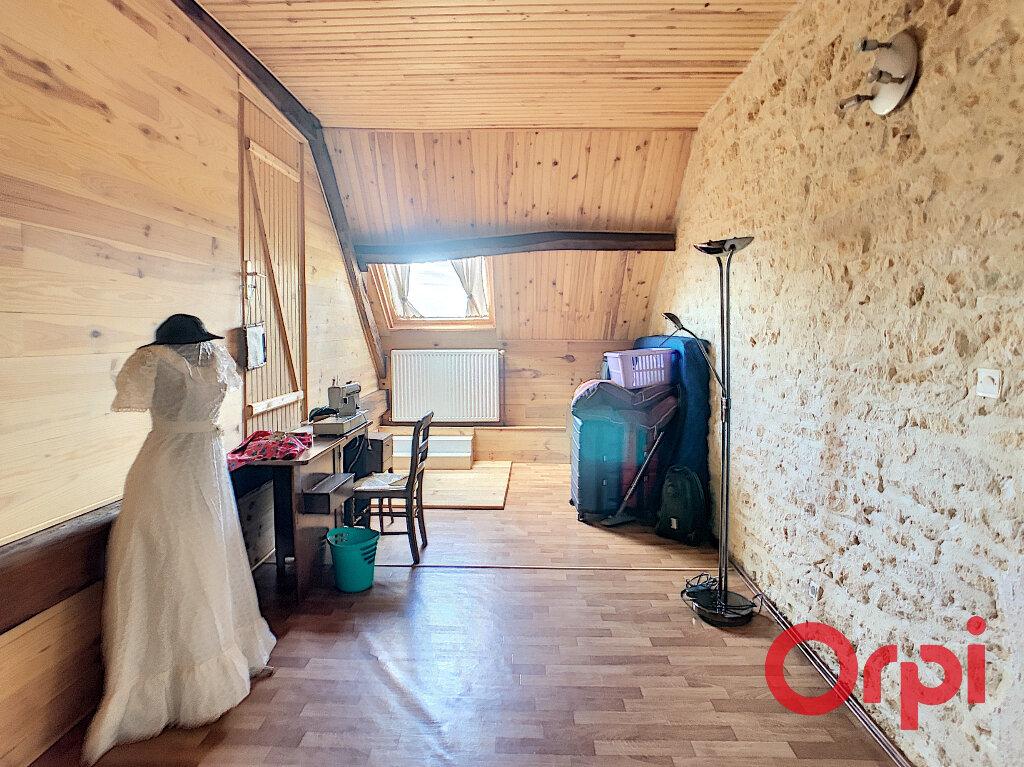 Maison à vendre 4 113.3m2 à Ids-Saint-Roch vignette-8