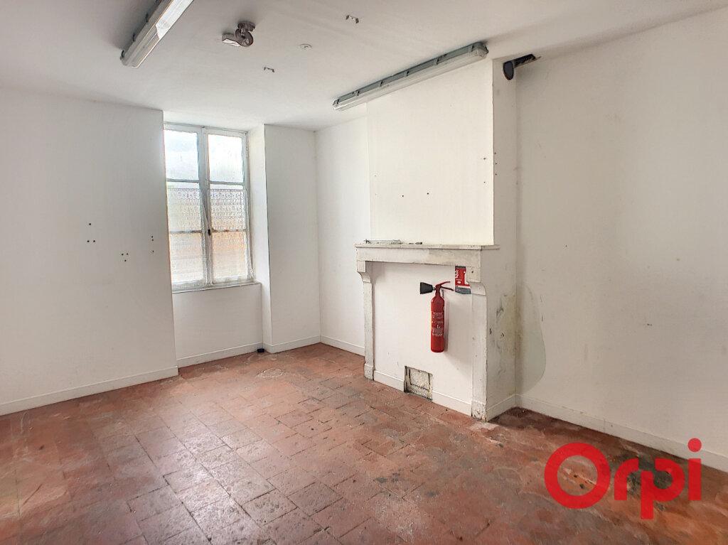 Maison à vendre 10 153m2 à Bessais-le-Fromental vignette-4
