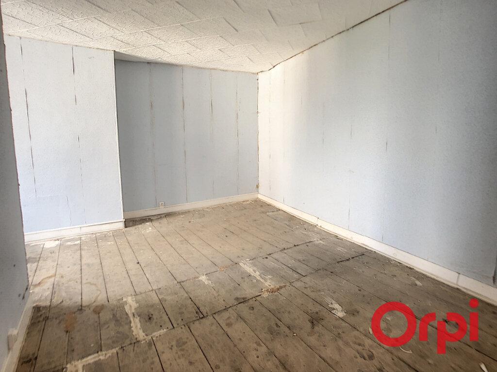 Maison à vendre 10 153m2 à Bessais-le-Fromental vignette-7