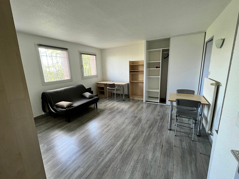 Appartement à louer 1 24m2 à Montpellier vignette-1