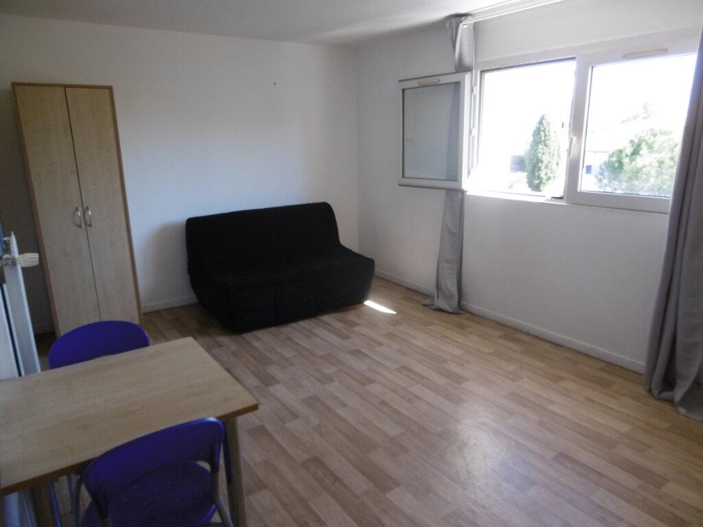 Appartement à louer 1 24.3m2 à Montpellier vignette-2