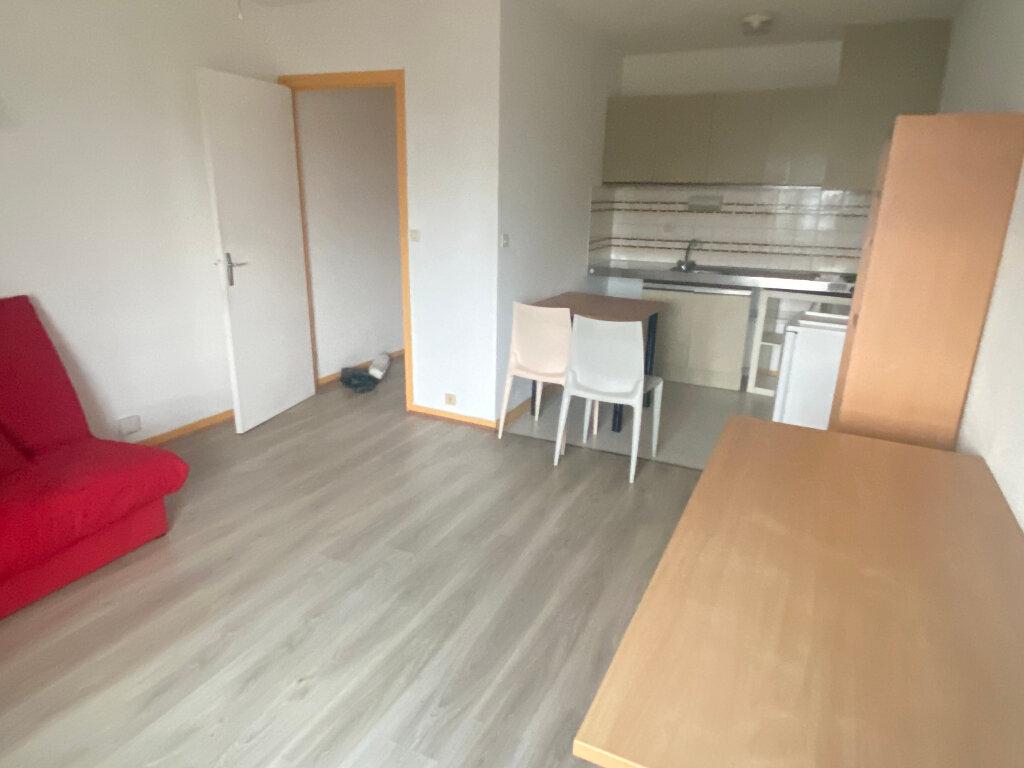 Appartement à louer 1 27m2 à Montpellier vignette-1