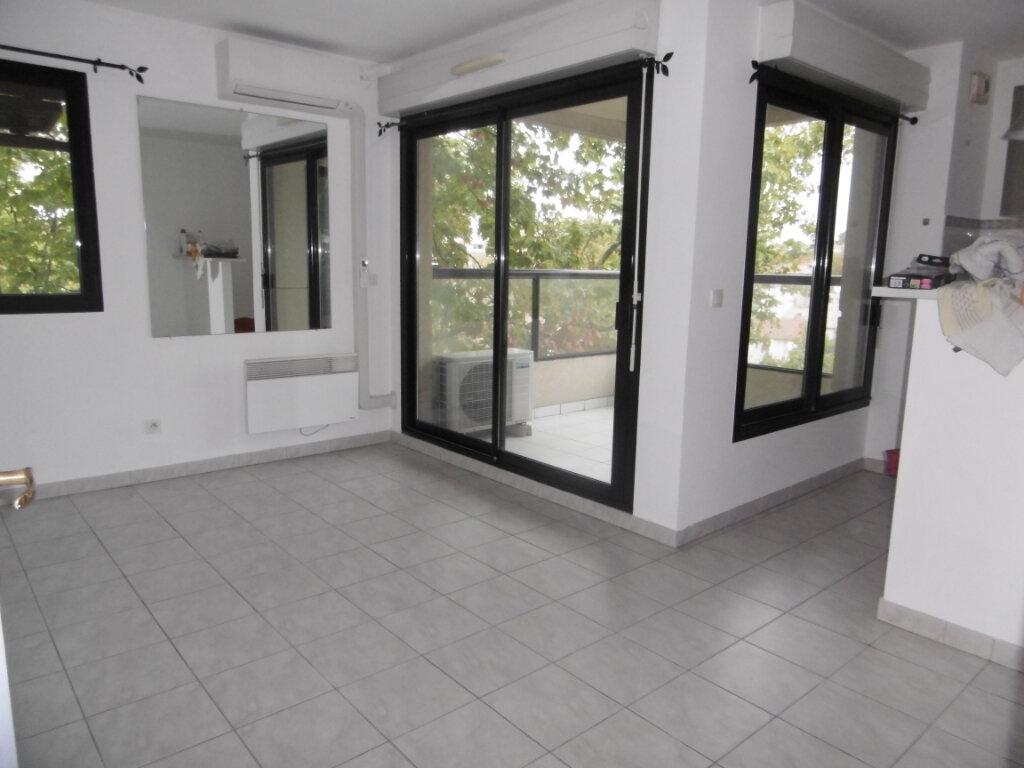 Appartement à louer 2 42m2 à Montpellier vignette-1