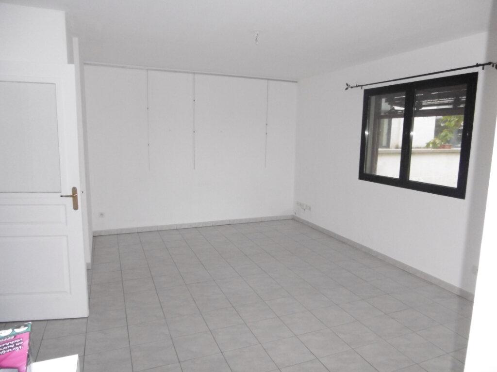 Appartement à louer 2 42m2 à Montpellier vignette-3
