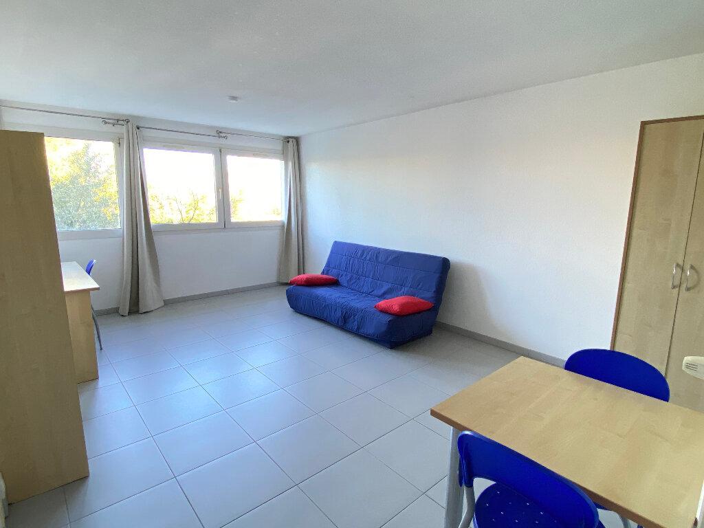 Appartement à louer 1 24.3m2 à Montpellier vignette-1