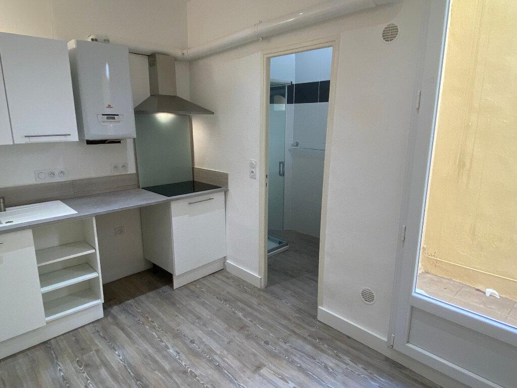 Appartement à louer 2 43.86m2 à Montpellier vignette-2