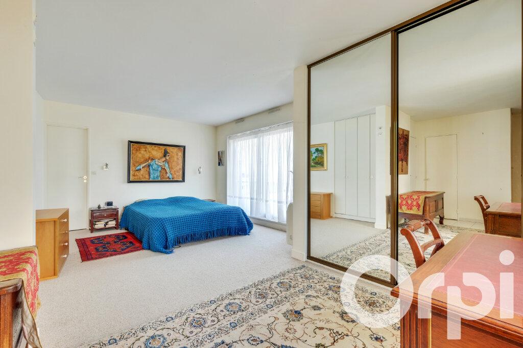 Appartement à vendre 5 135.67m2 à Paris 14 vignette-2