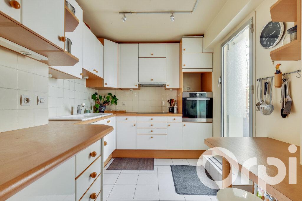 Appartement à vendre 5 135.67m2 à Paris 14 vignette-14