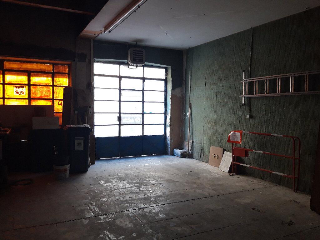 Immeuble à vendre 0 500m2 à Béziers vignette-5
