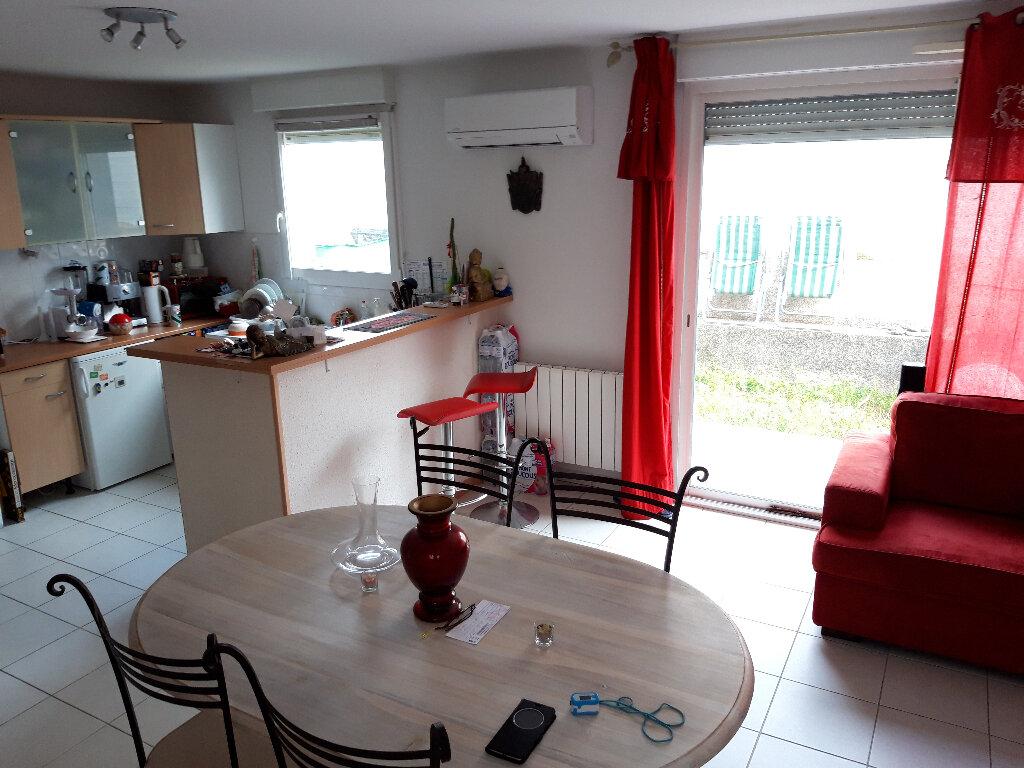 Maison à vendre 3 62m2 à Béziers vignette-1