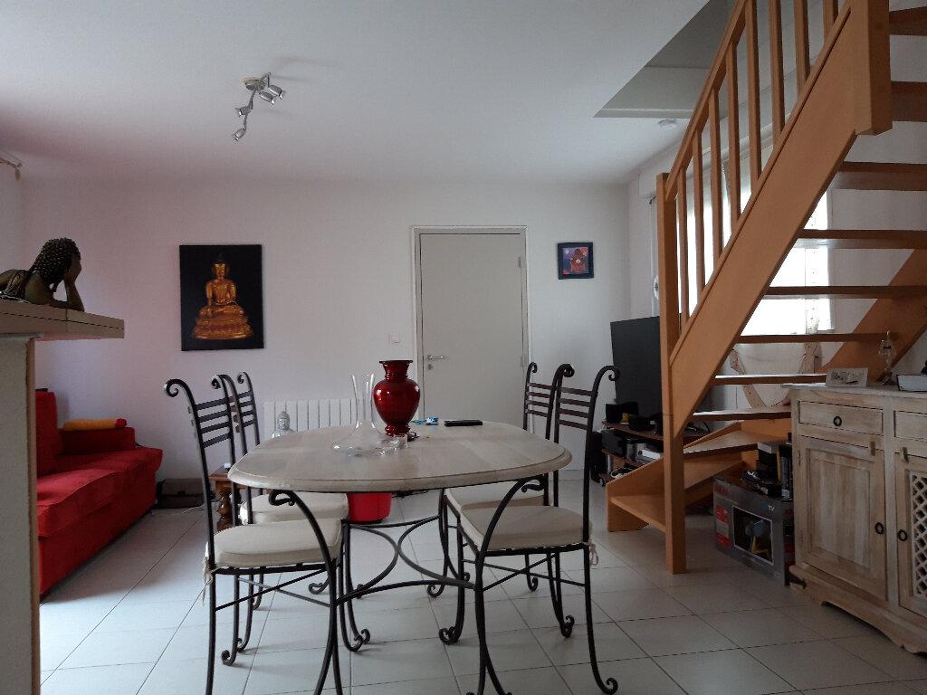 Maison à vendre 3 62m2 à Béziers vignette-5