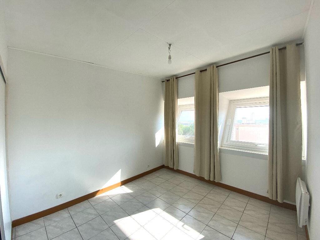 Appartement à vendre 4 90.24m2 à Béziers vignette-6