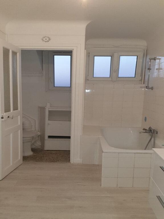 Appartement à louer 3 86.89m2 à Courbevoie vignette-3