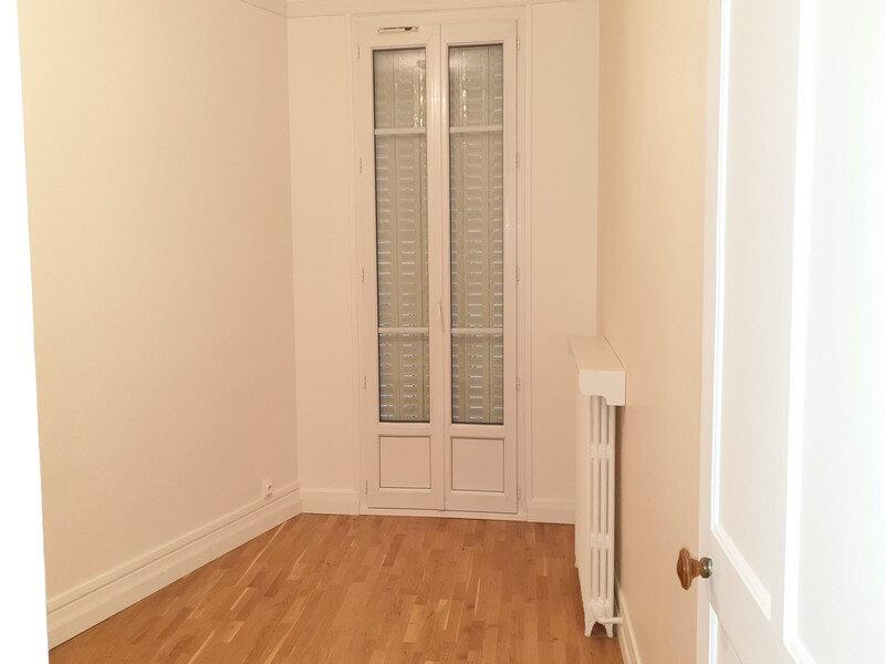 Appartement à louer 3 86.89m2 à Courbevoie vignette-10