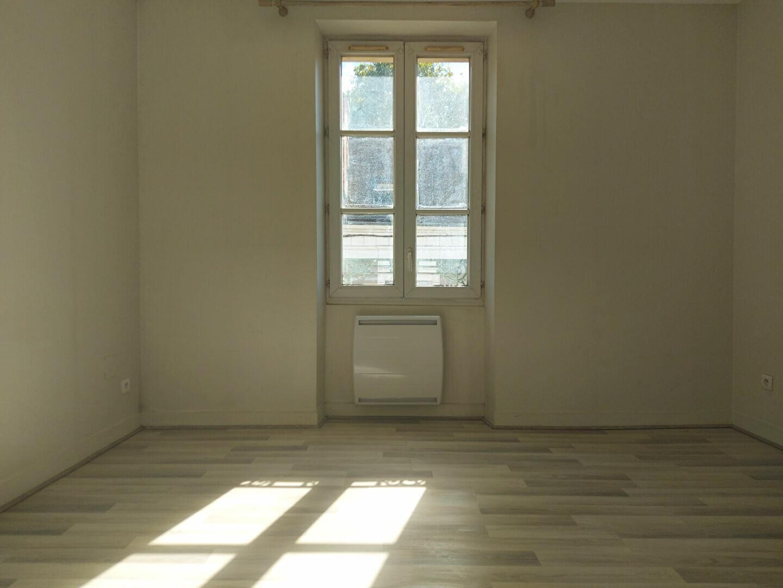 Appartement à louer 2 63.21m2 à Melun vignette-4