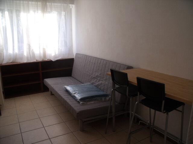 Appartement à louer 1 17.86m2 à Melun vignette-1