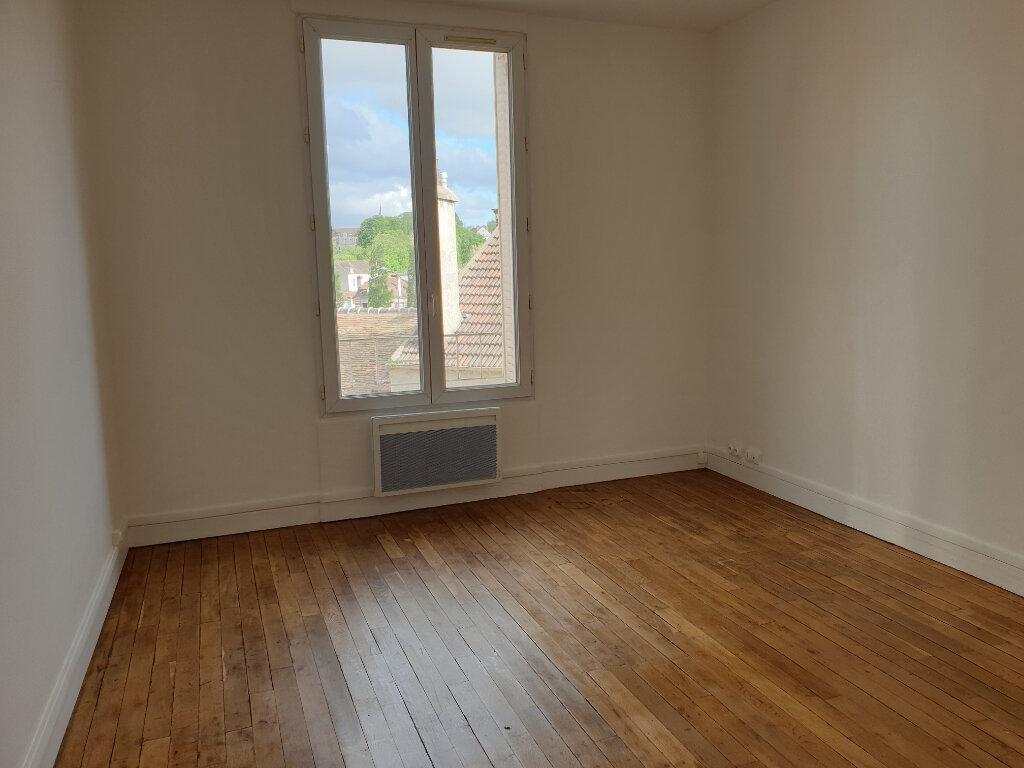 Appartement à louer 2 40m2 à Melun vignette-2