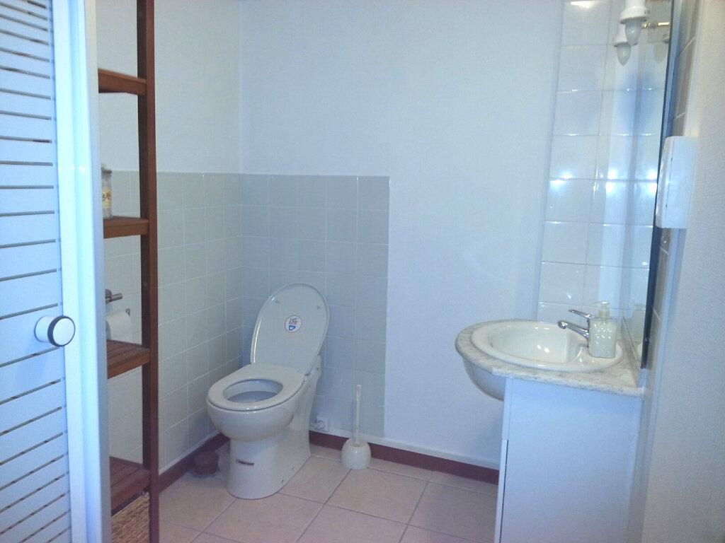 Appartement à louer 1 27.65m2 à Melun vignette-3