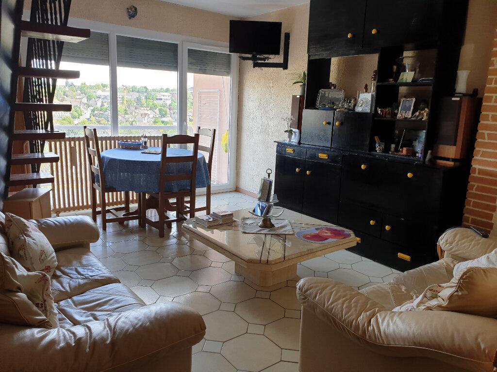 Appartement à louer 4 60.71m2 à Melun vignette-1