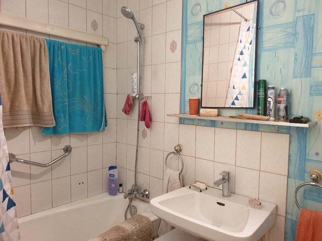 Appartement à louer 4 60.71m2 à Melun vignette-4