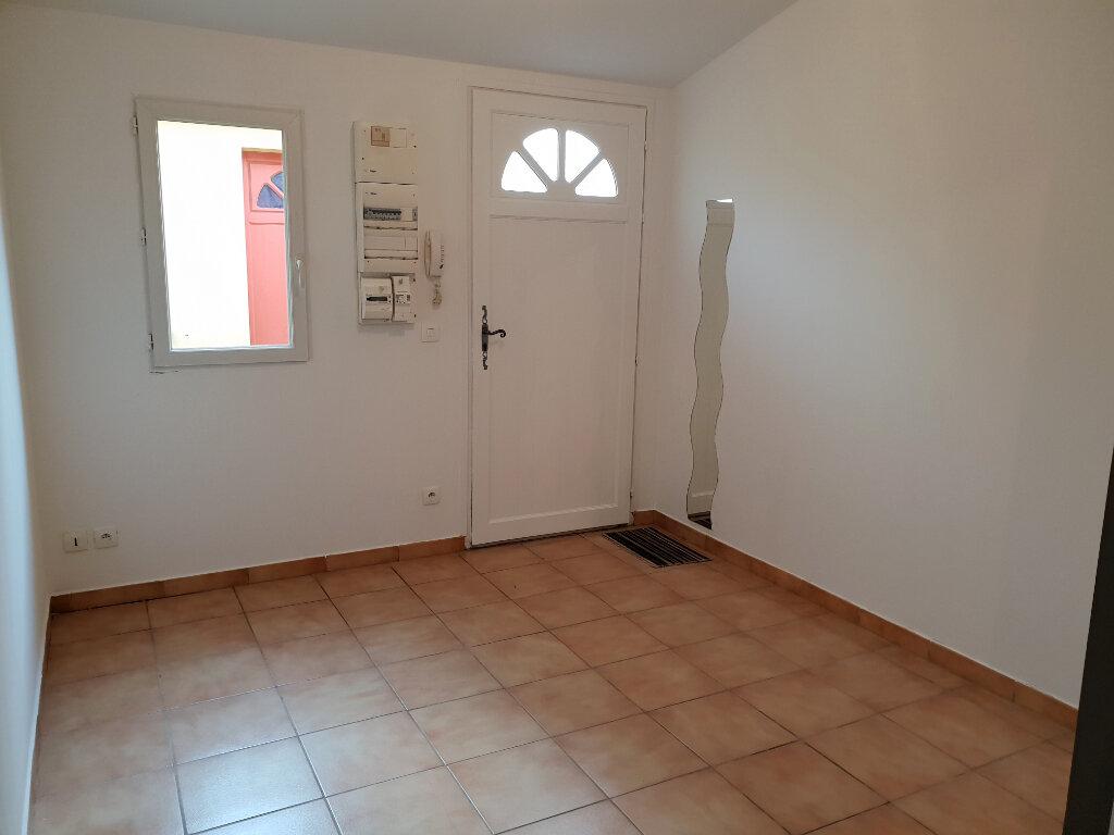 Appartement à louer 1 16.52m2 à Dammarie-les-Lys vignette-3