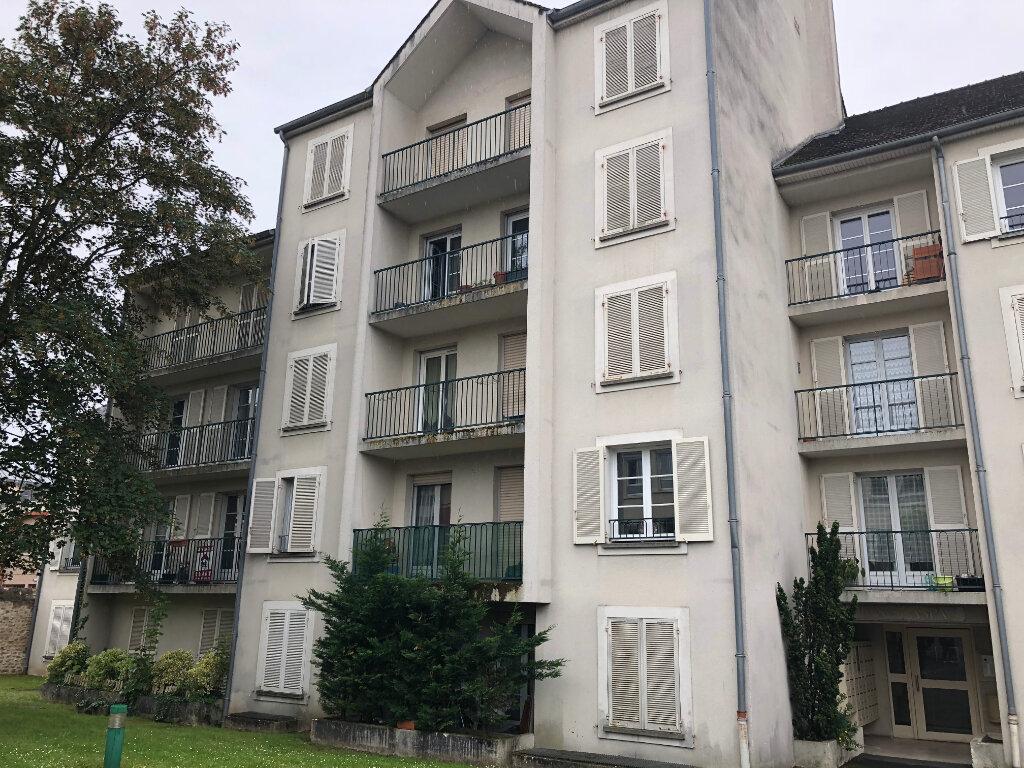 Appartement à louer 1 30.61m2 à Melun vignette-2