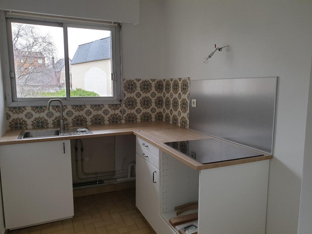 Appartement à louer 2 48.81m2 à Melun vignette-1