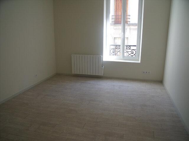 Appartement à louer 3 48.41m2 à Melun vignette-3