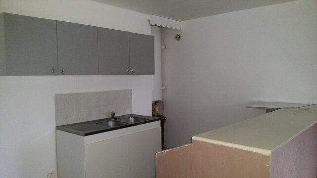 Appartement à louer 3 70.33m2 à Perthes vignette-6