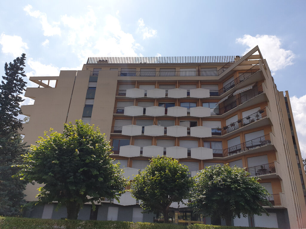 Appartement à louer 3 89m2 à Melun vignette-1