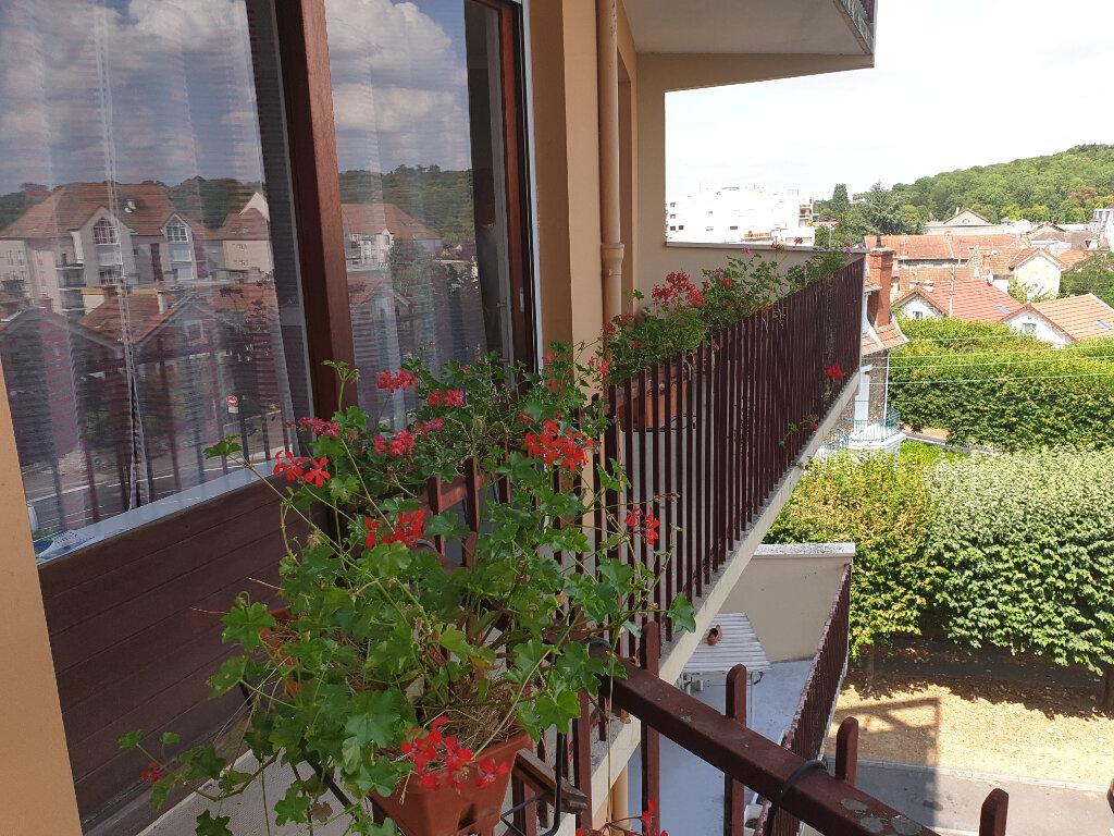 Appartement à louer 3 89m2 à Melun vignette-3