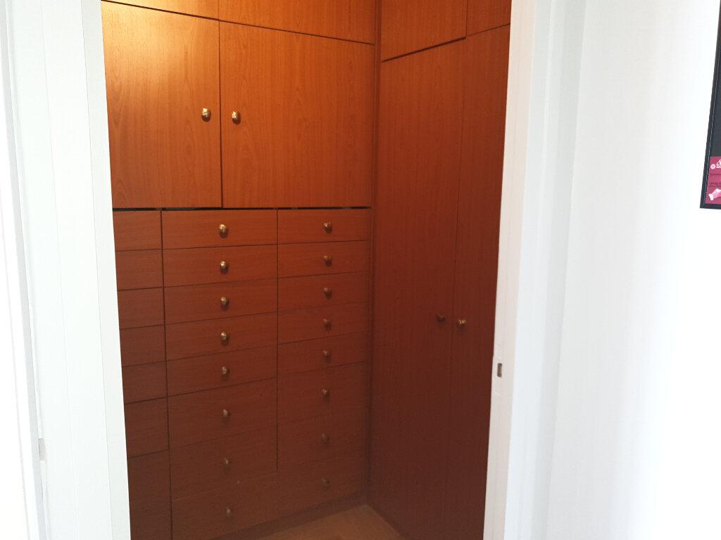 Appartement à louer 3 89m2 à Melun vignette-8