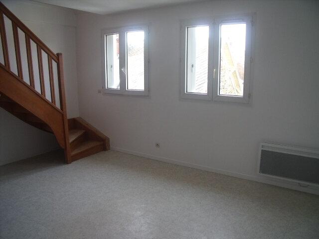 Appartement à louer 2 42.27m2 à Melun vignette-2