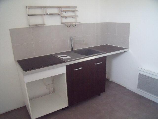 Appartement à louer 2 42.27m2 à Melun vignette-3