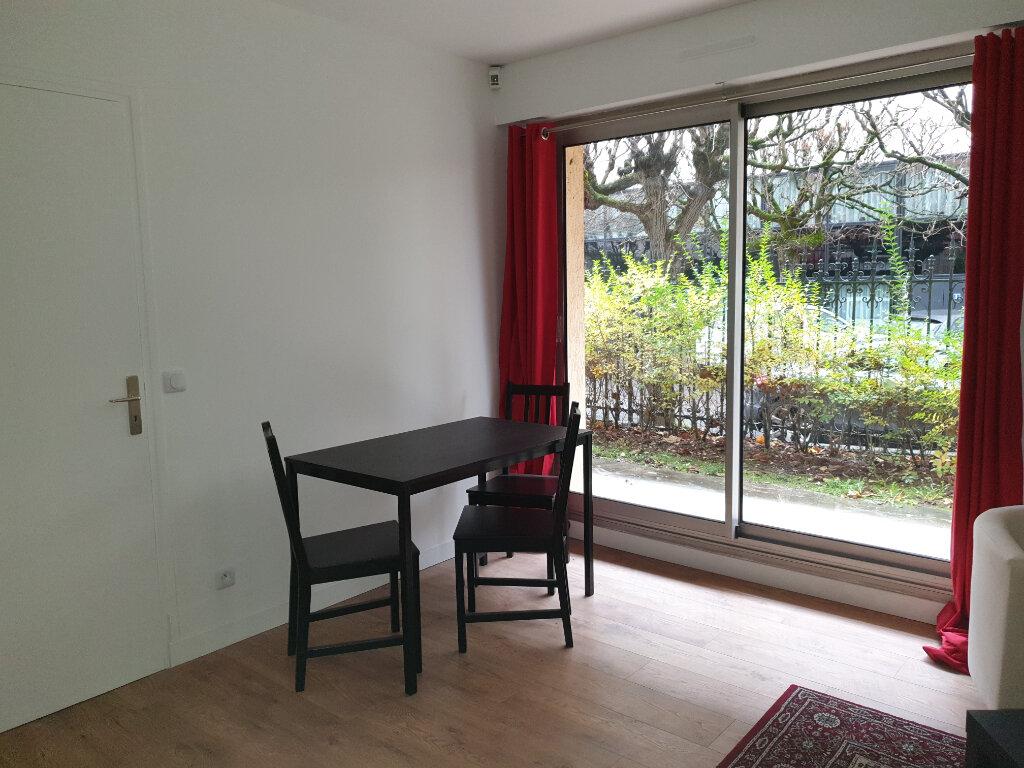 Appartement à louer 2 37.6m2 à Melun vignette-5
