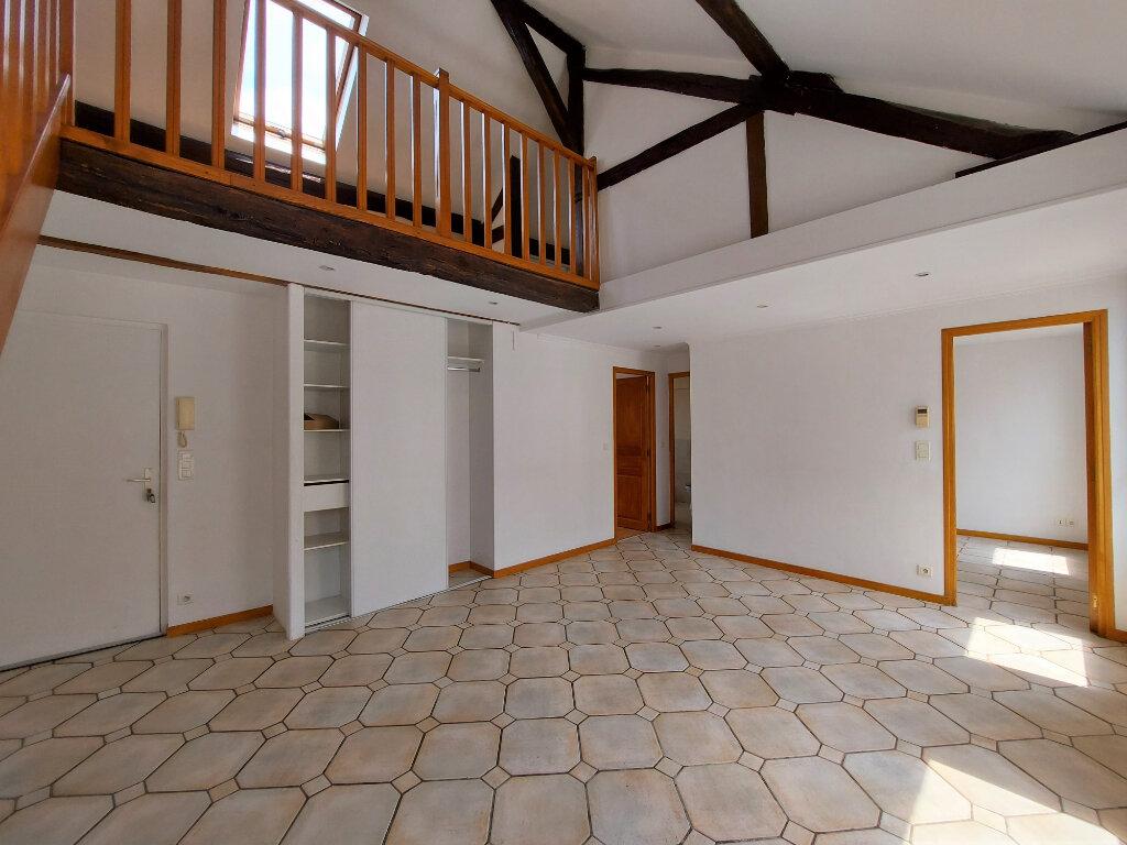 Appartement à louer 2 50.52m2 à Melun vignette-2
