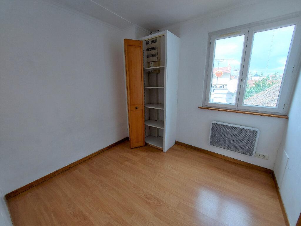 Appartement à louer 2 50.52m2 à Melun vignette-4