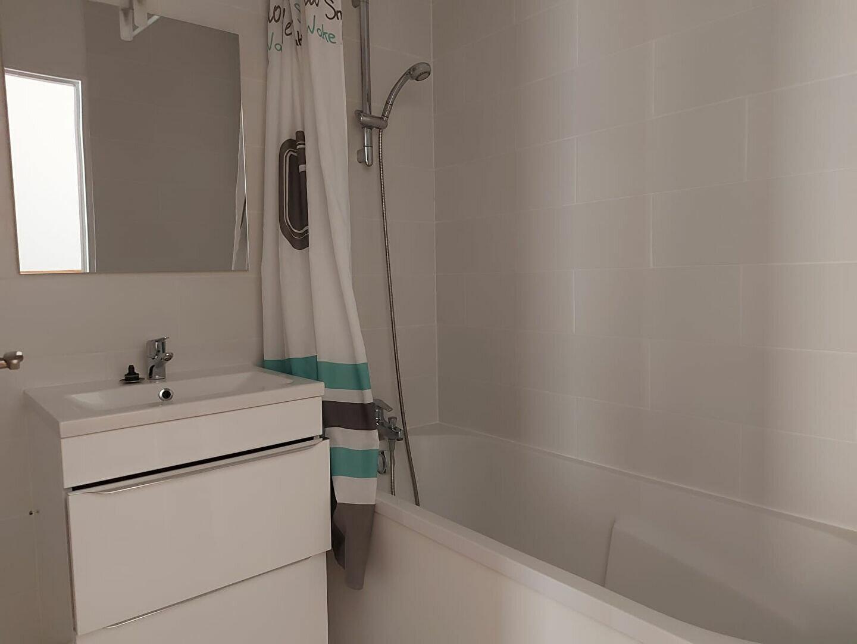 Appartement à louer 3 61.4m2 à Dammarie-les-Lys vignette-6