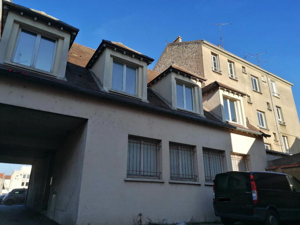 Appartement à louer 1 31.74m2 à Melun vignette-1