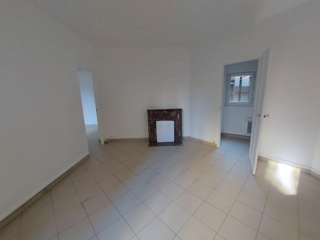 Appartement à louer 2 44.5m2 à Melun vignette-2
