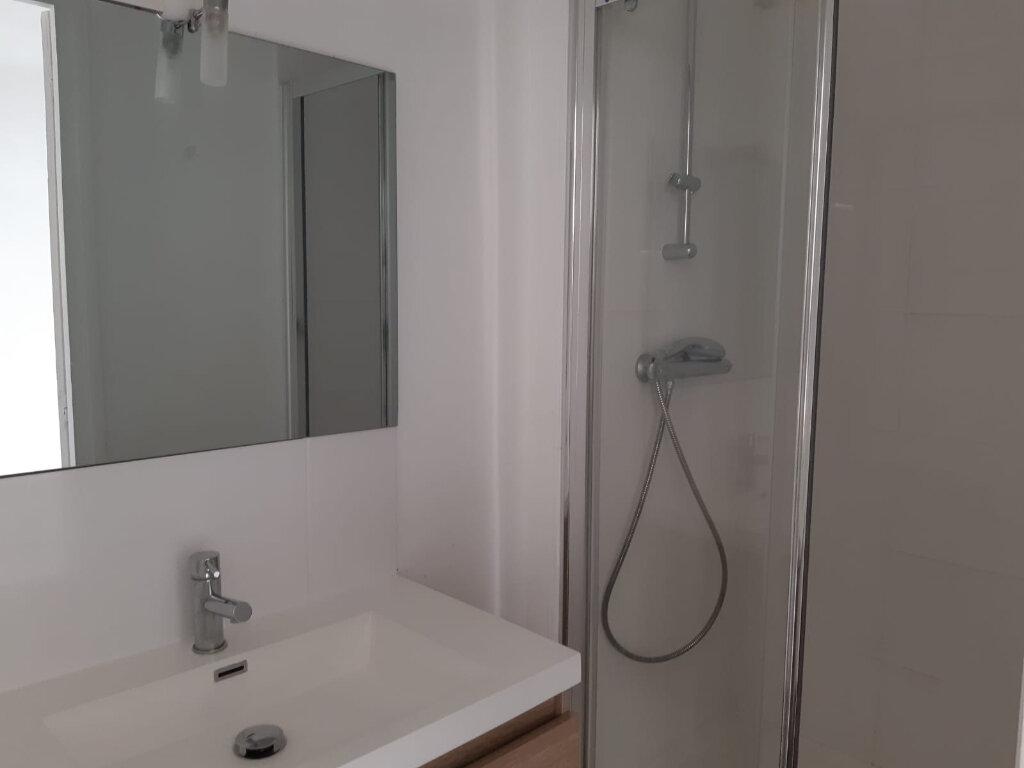 Appartement à louer 2 44.5m2 à Melun vignette-4