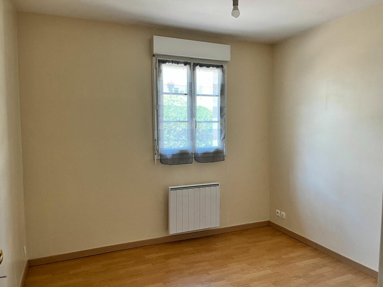Appartement à louer 3 70.83m2 à Melun vignette-4