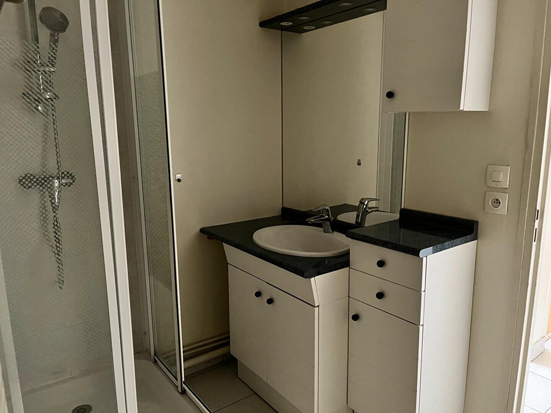 Appartement à louer 3 70.83m2 à Melun vignette-7