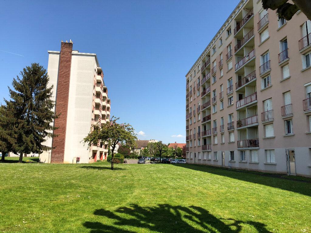 Appartement à vendre 4 65m2 à Melun vignette-1