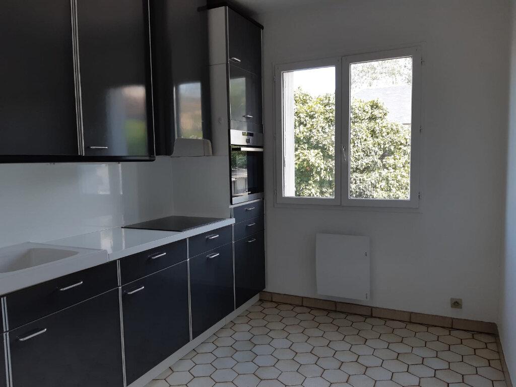 Appartement à louer 2 48.17m2 à Melun vignette-1