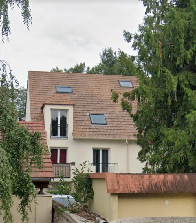 Appartement à louer 1 27.1m2 à Cesson vignette-1